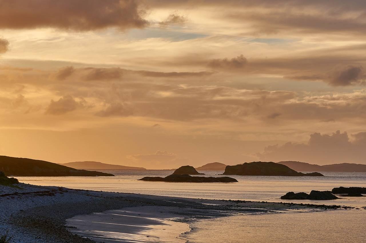ireland-coastal holidays