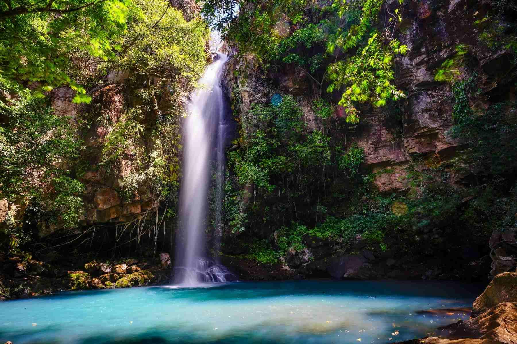 water-fall-Costa Rica