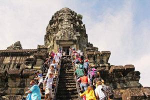 Cambodia Angkok Wat Temple climb