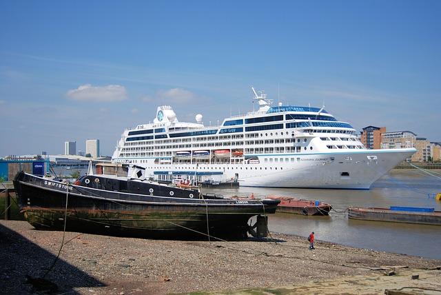 azamar-cruise-holiday